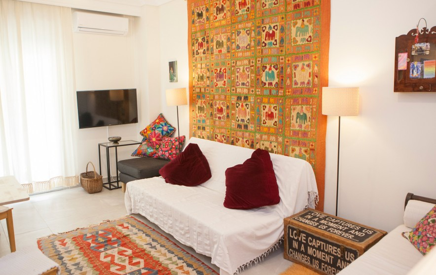 ethnic apartment agios dimitrios church thessaloniki